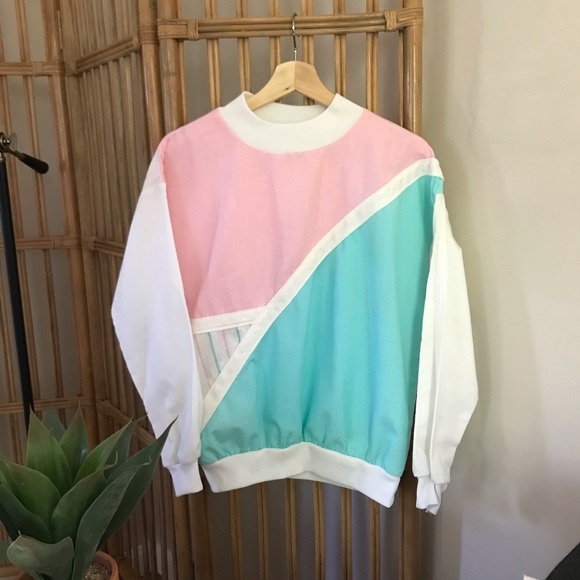 Vintage Tops - Retro Vintage Pink and Green Pastel Pullover